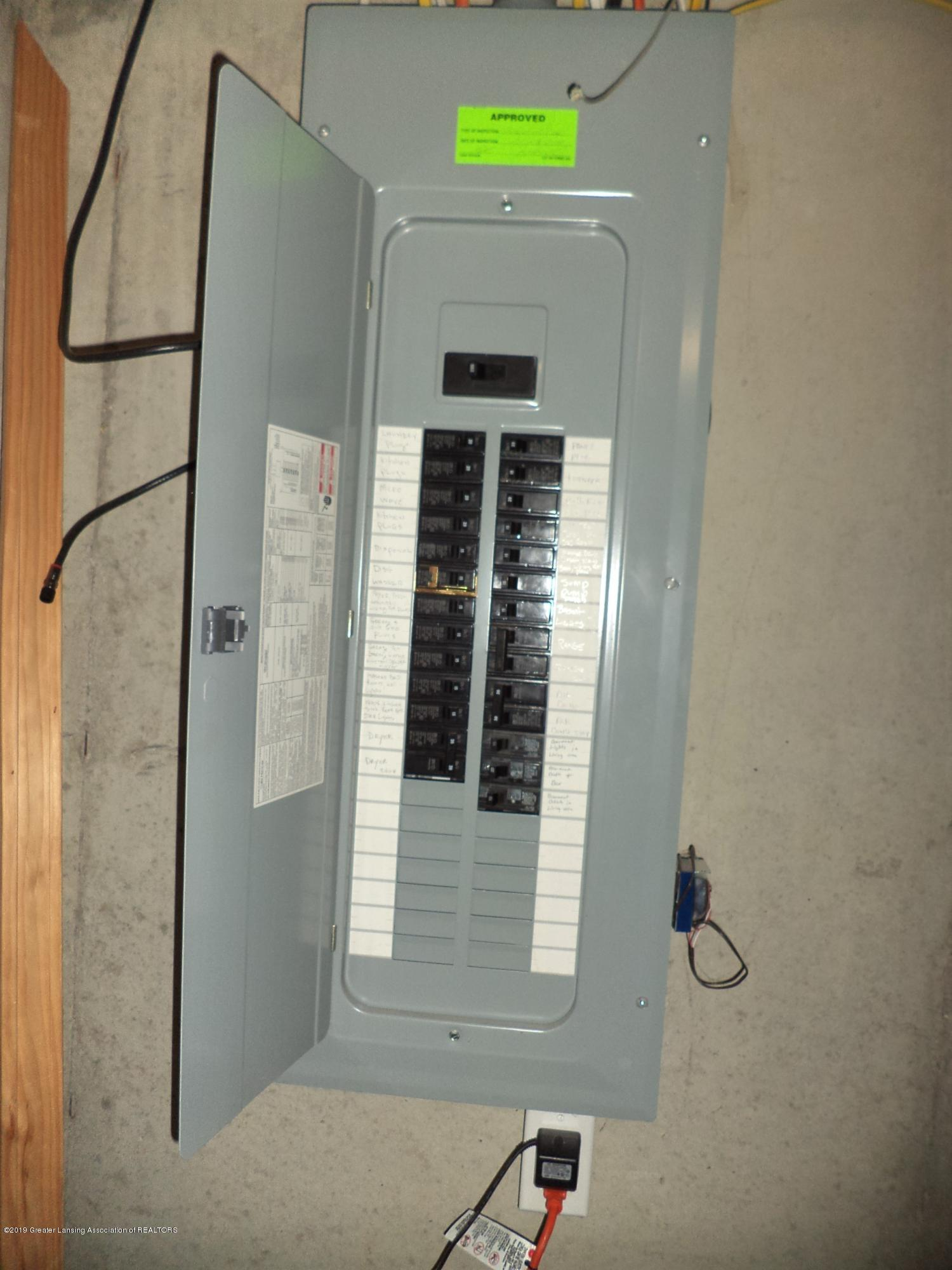 1102 Kelcrasta Dr - Electrical panel - 37
