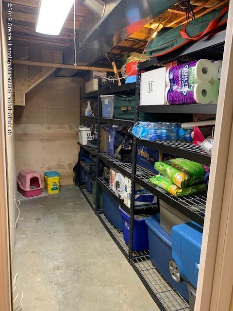 1102 Kelcrasta Dr - Basement storage - 35