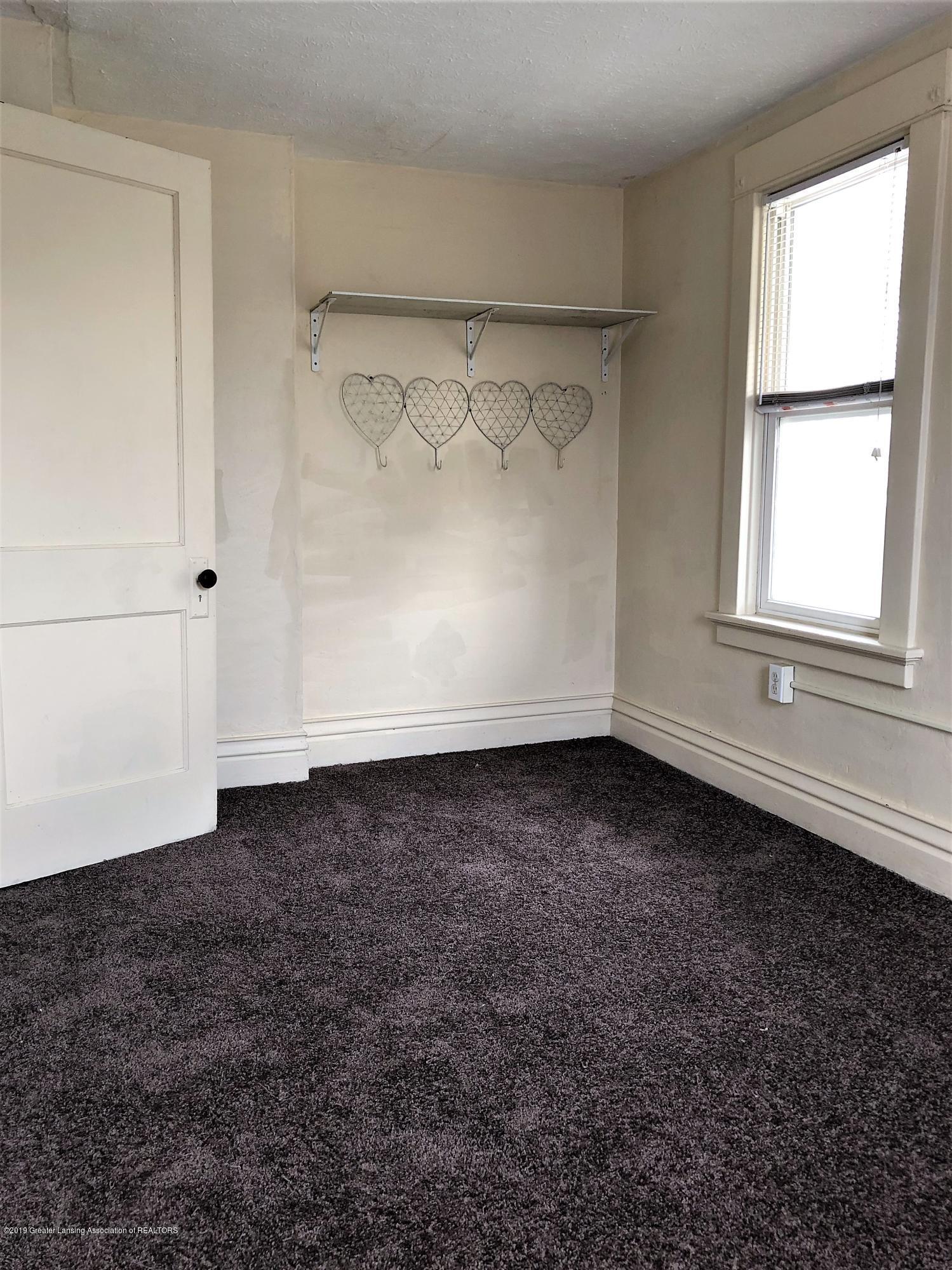 1613 S Cedar St - Bedroom - 8