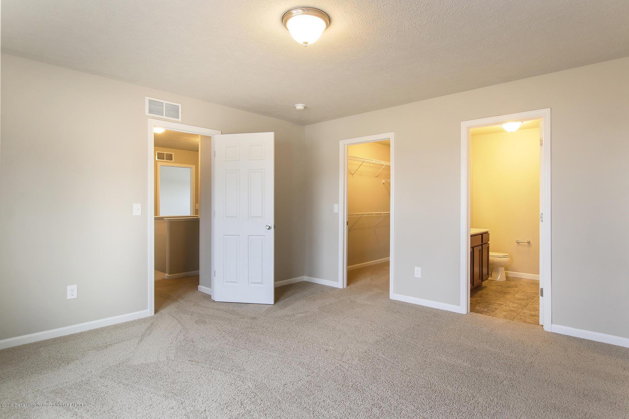 1005 Chesham - MDE024-E1700-Master Bedroom2 - 13