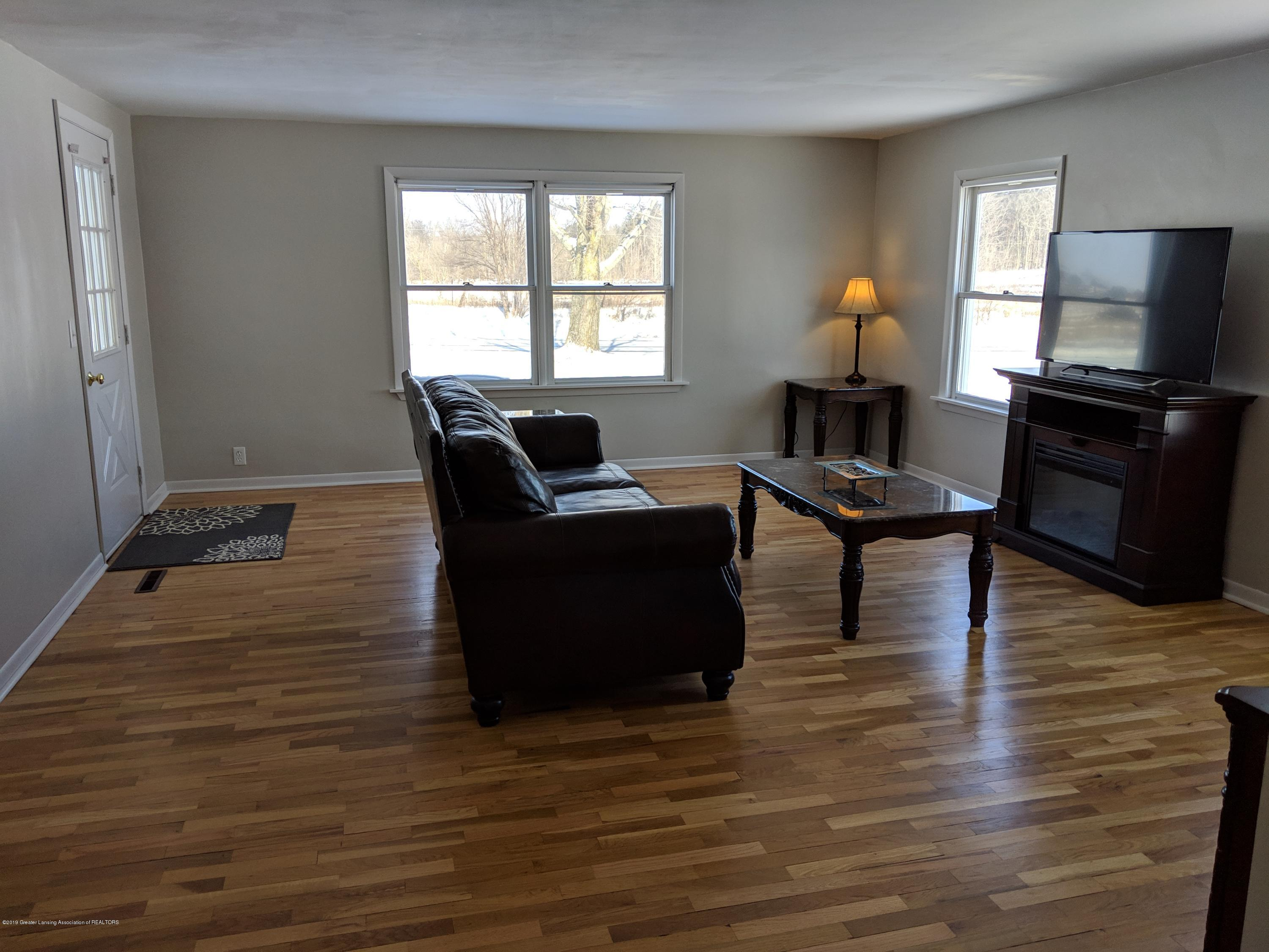 2240 E Howell Rd - Living Room - 10