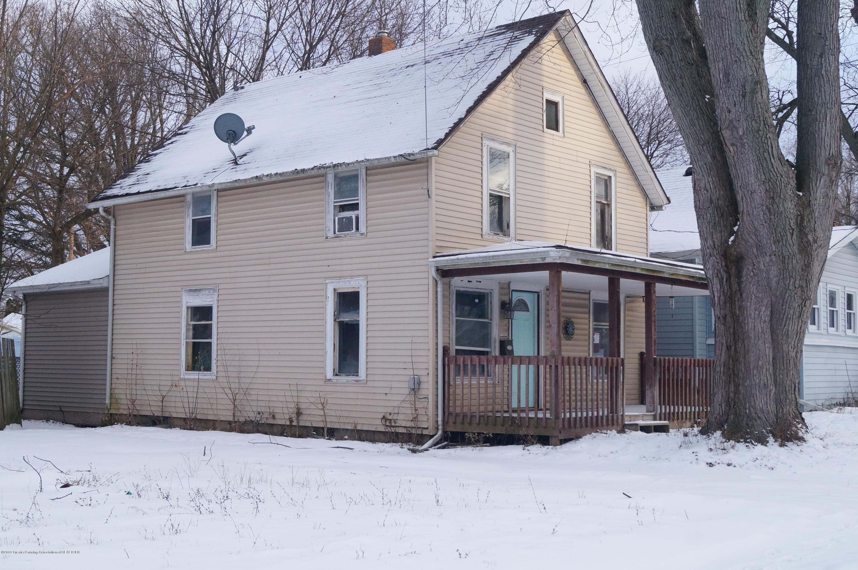 421 S Fairview Ave - Front - 1
