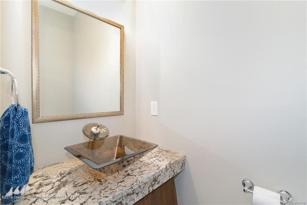 260 Church Hill Downs Blvd - 17-half bath - 17