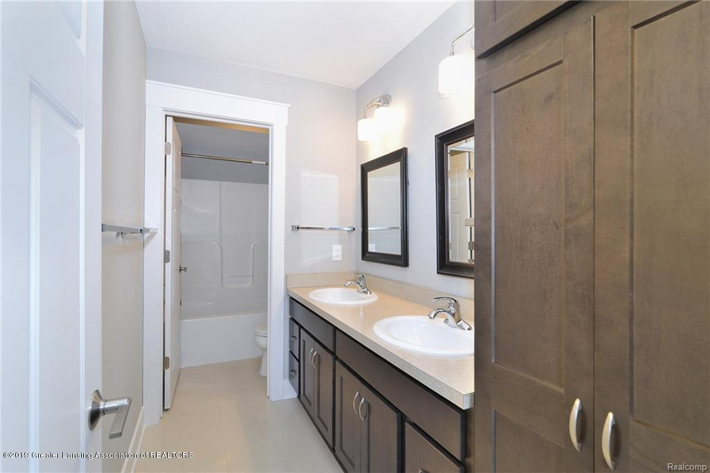 260 Church Hill Downs Blvd - 29-full bath - 29