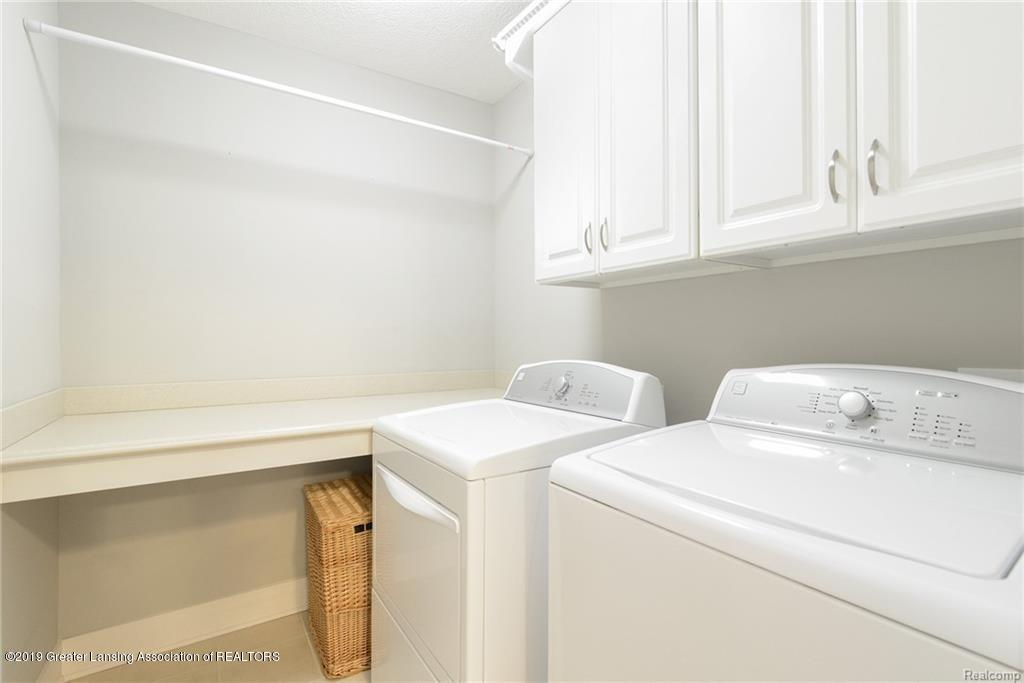 260 Church Hill Downs Blvd - 30 - upstairs laundry - 30