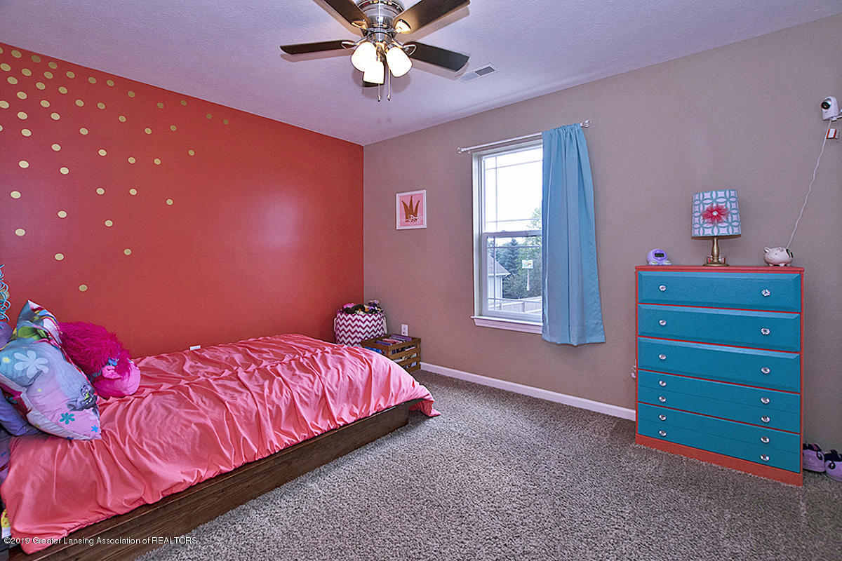 2117 Winners Cir - BEDROOM 2 - 19