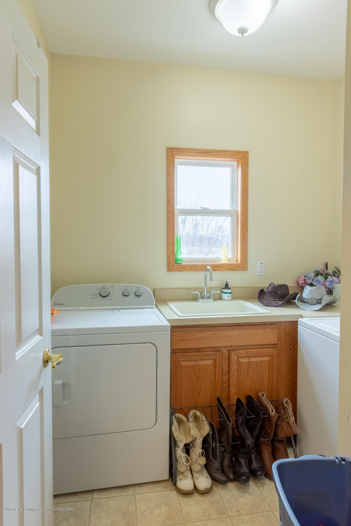 6121 W Centerline Rd - Laundry Room - 11