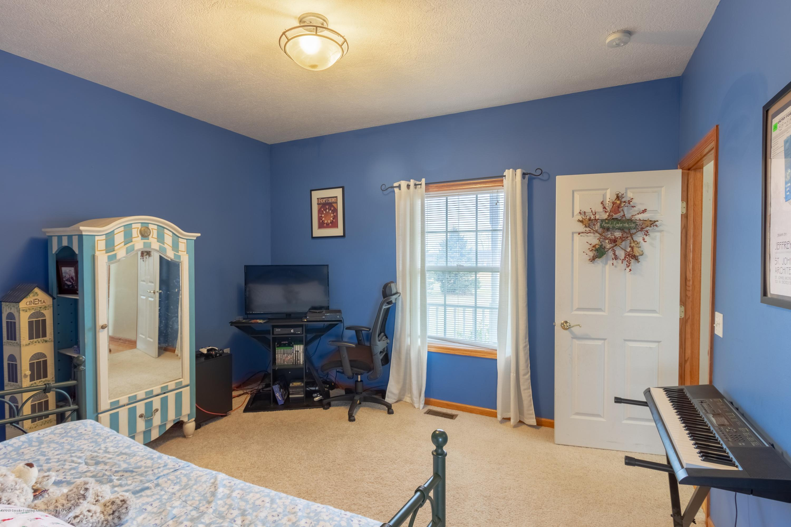 6121 W Centerline Rd - Bedroom - 15