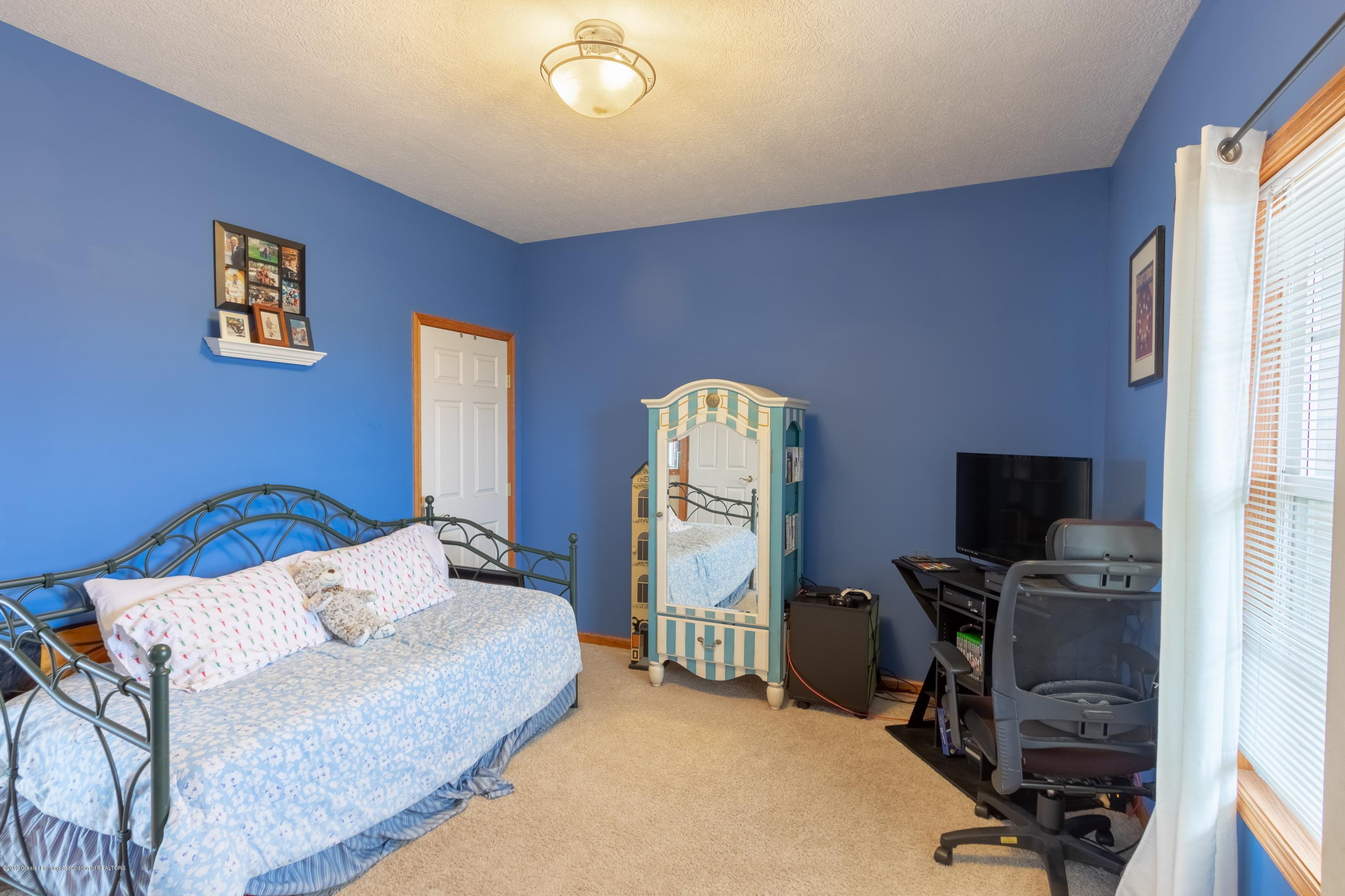 6121 W Centerline Rd - Bedroom - 16