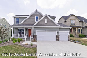 6968 Abbey Ln, Grand Ledge, MI 48837