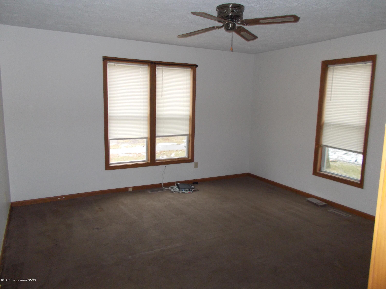622 Hyatt St - Bedroom 1b - 5