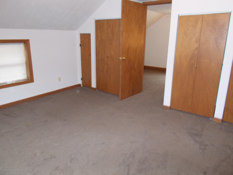 622 Hyatt St - Inside Bedroom 2 - 12