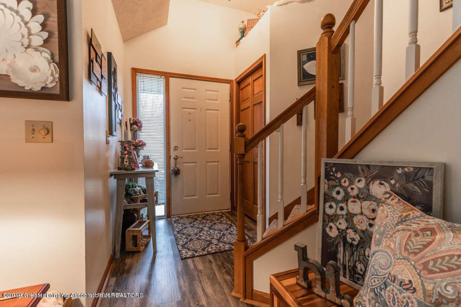 361 Winding River Cove - entry - 2