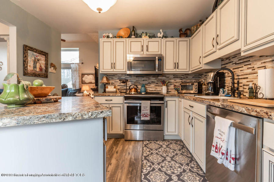 361 Winding River Cove - kitchen 3 - 6