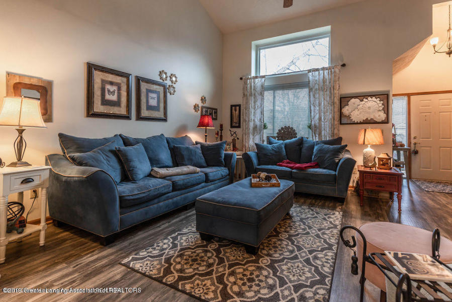 361 Winding River Cove - living room 2 - 3
