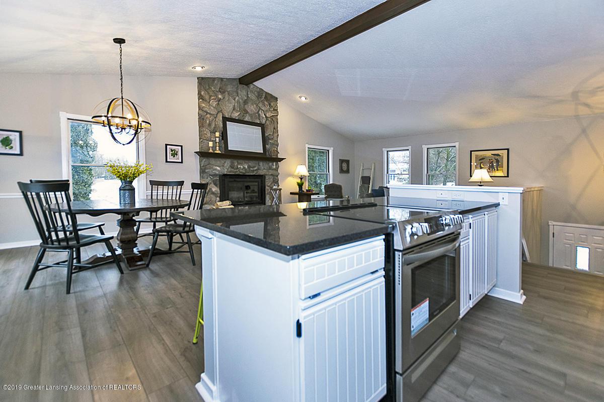 1848 W Clark Rd - Gourmet Kitchen - 4