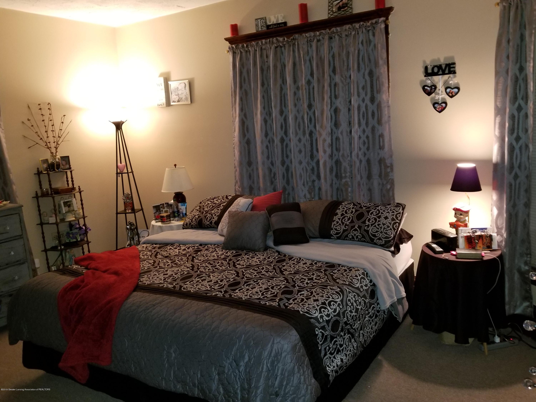 307 W Main St - Bedroom - 5