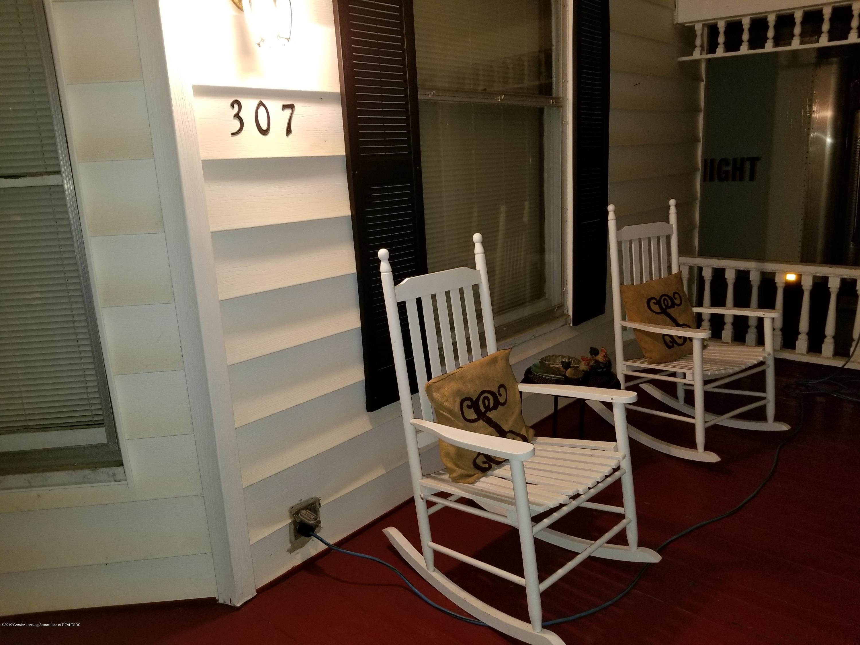 307 W Main St - Porch - 2
