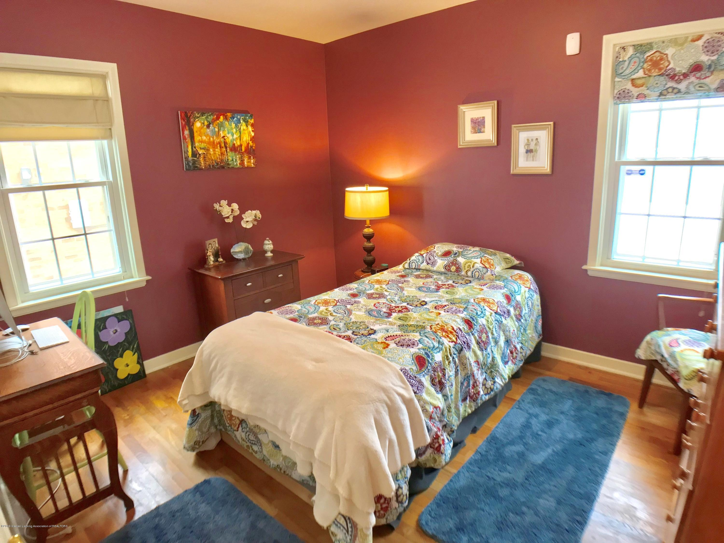 1930 Gordon Ave - Bedroom - 14