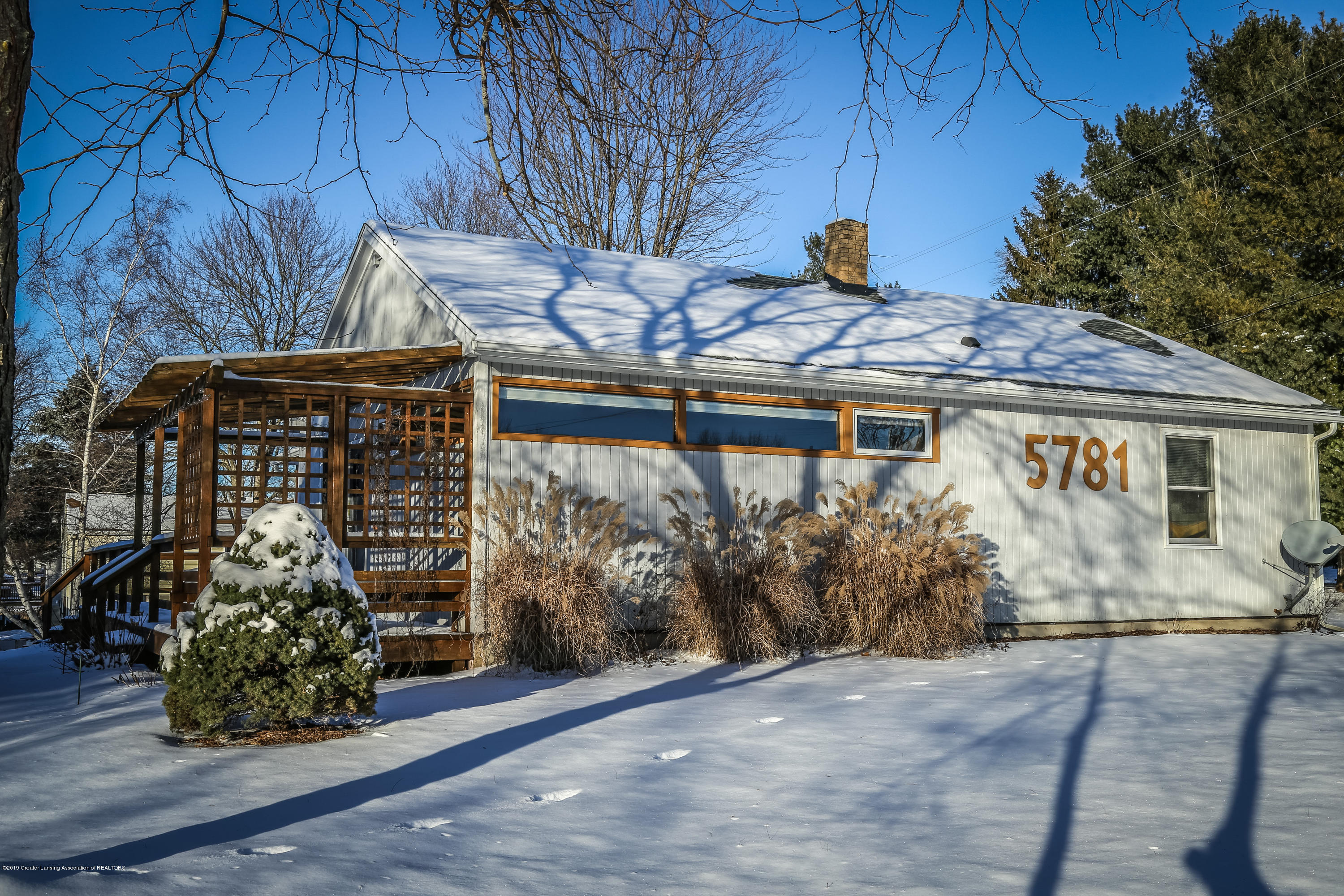5781 Sleight Rd - Front - 51