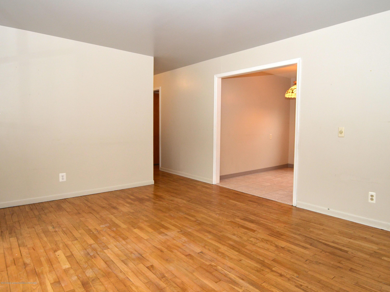 2758 Eastway Dr - 4Living Room - 4