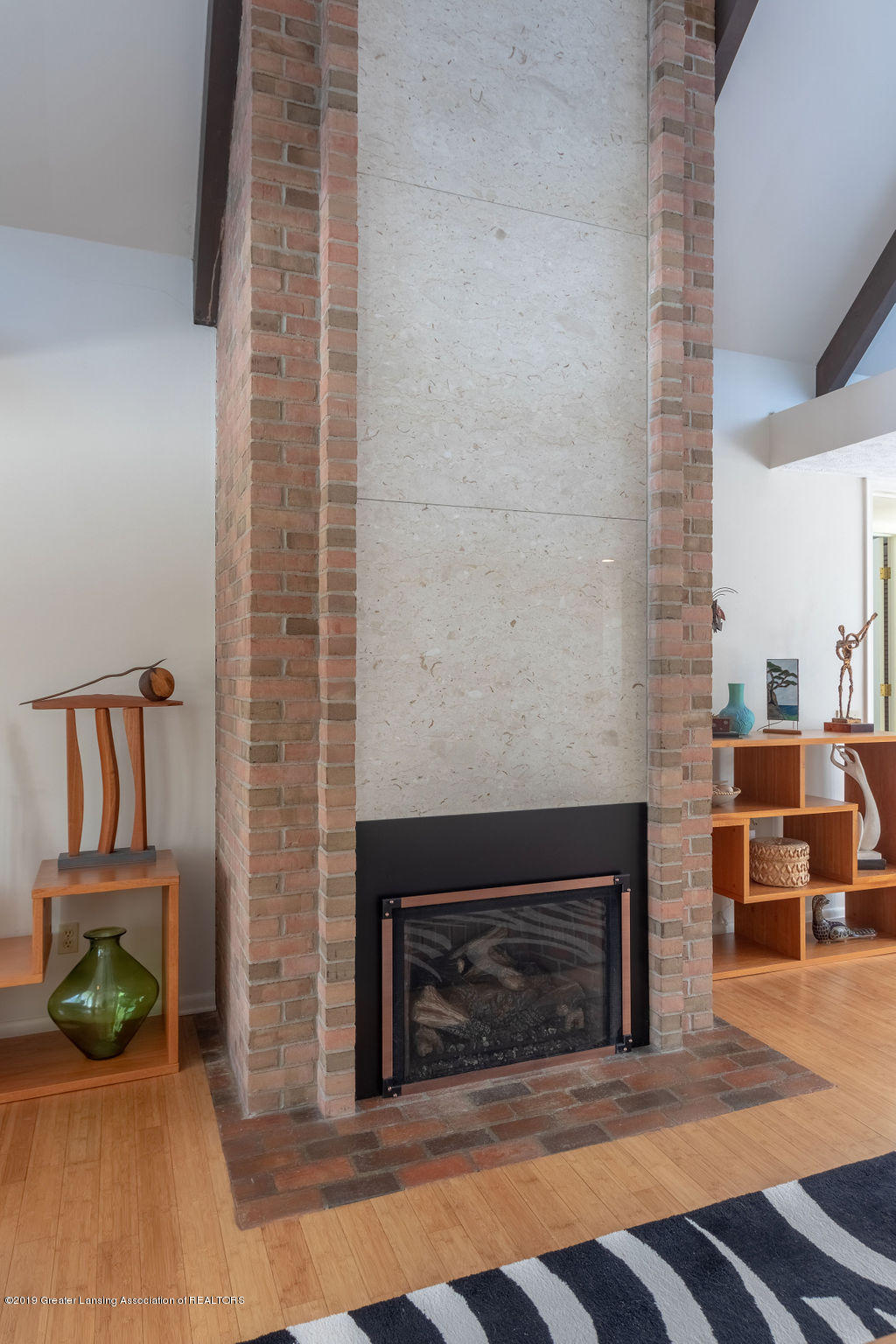 1721 Hitching Post Rd - Fireplace - 7