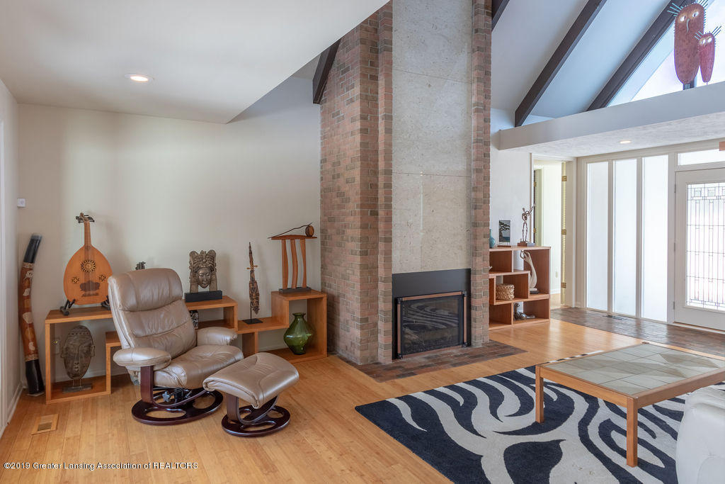 1721 Hitching Post Rd - Living Room - 8