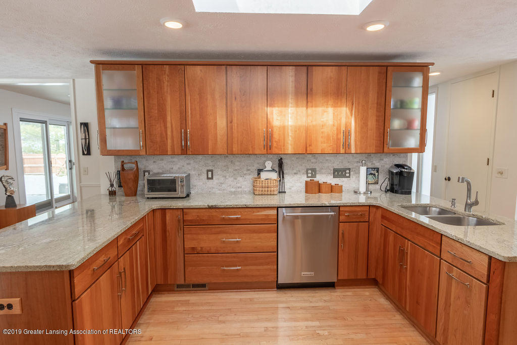 1721 Hitching Post Rd - Kitchen - 10