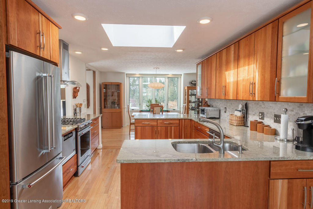 1721 Hitching Post Rd - Kitchen - 11