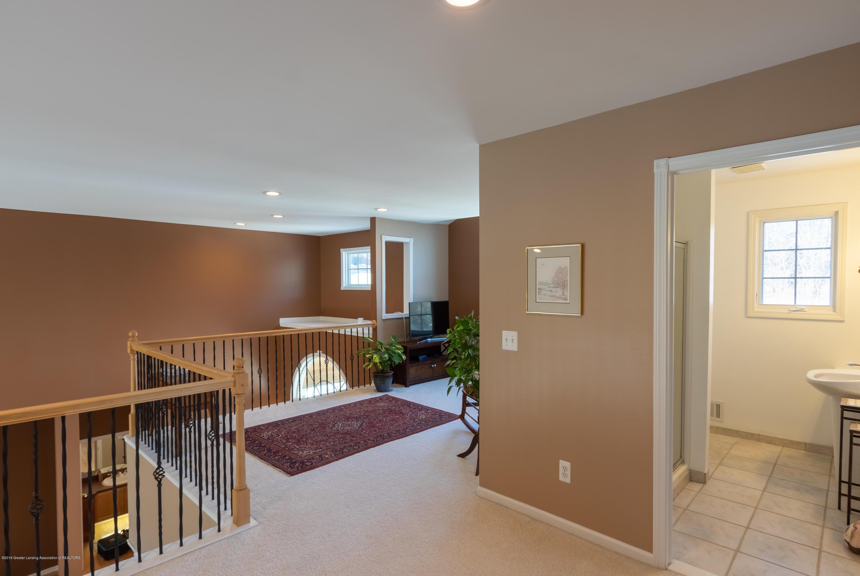 8115 Stonehedge - Upper level Loft - 39
