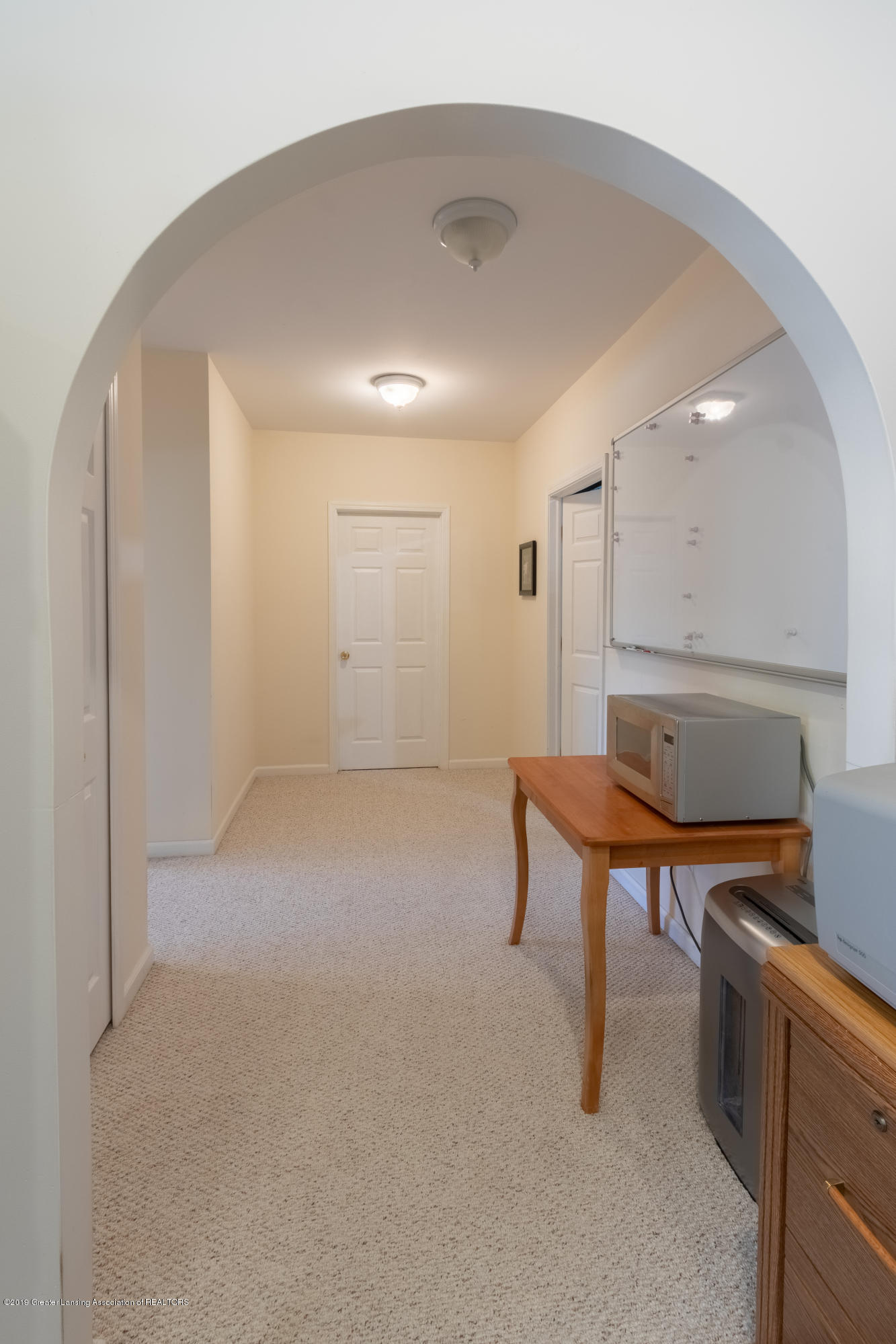 8115 Stonehedge - LL Hall - 46