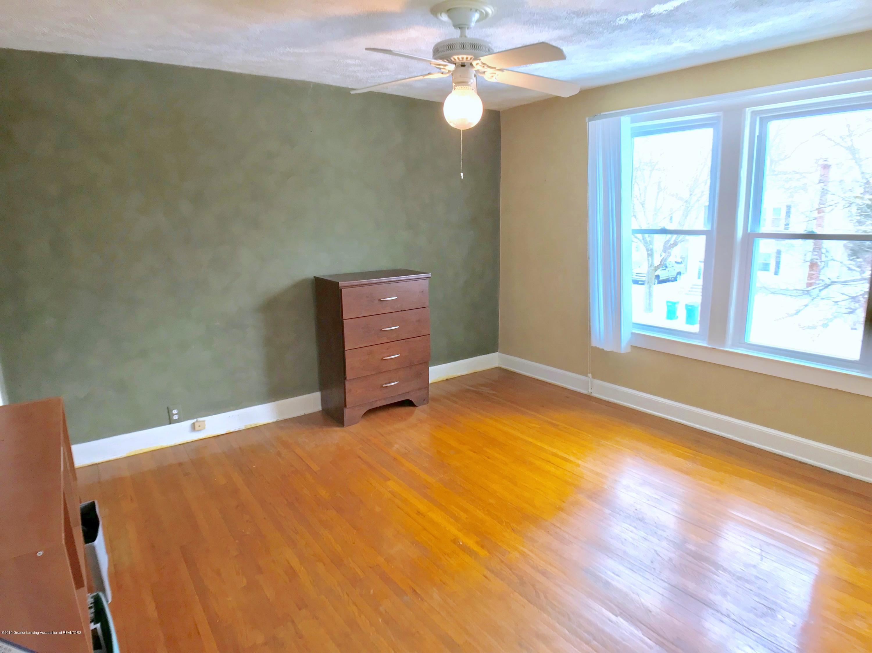 220 N Jenison Ave - Bedroom - 10