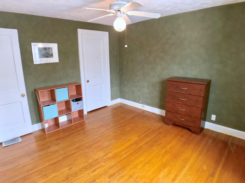 220 N Jenison Ave - Bedroom - 11