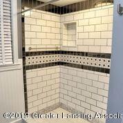 333 E Lovett St - Updated Bathroom - 24