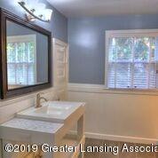 333 E Lovett St - Updated Bathroom - 25