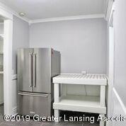 333 E Lovett St - Kitchen - 14