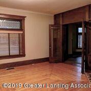 333 E Lovett St - Living Room - 7
