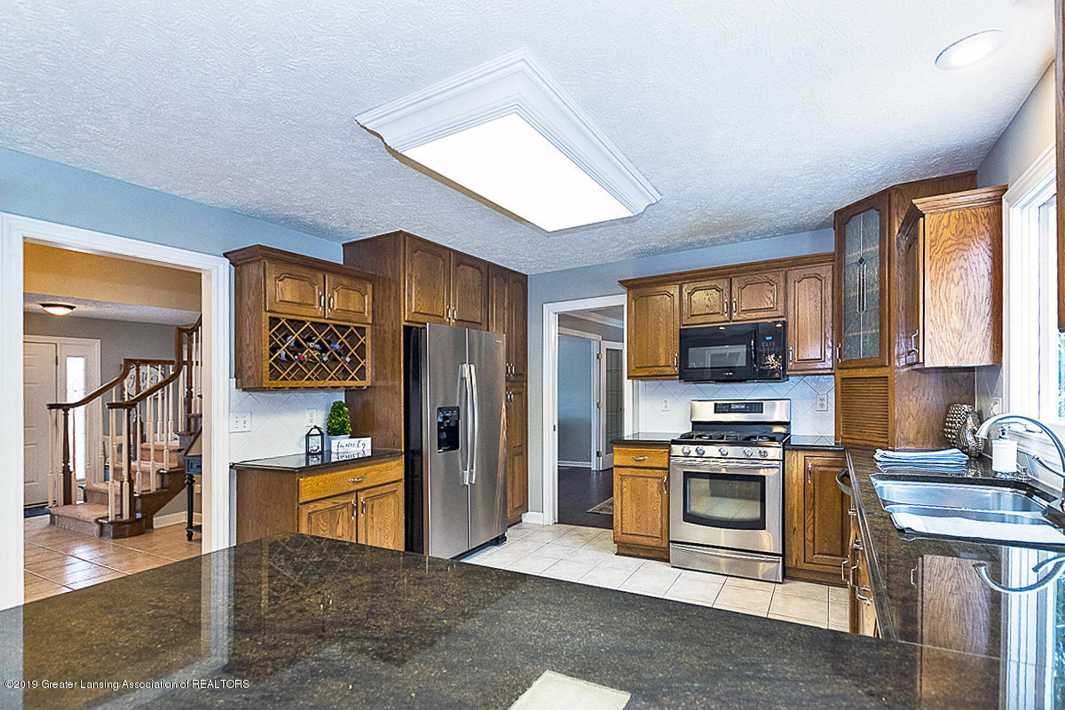 1825 Elk Ln - KITCHEN - 8