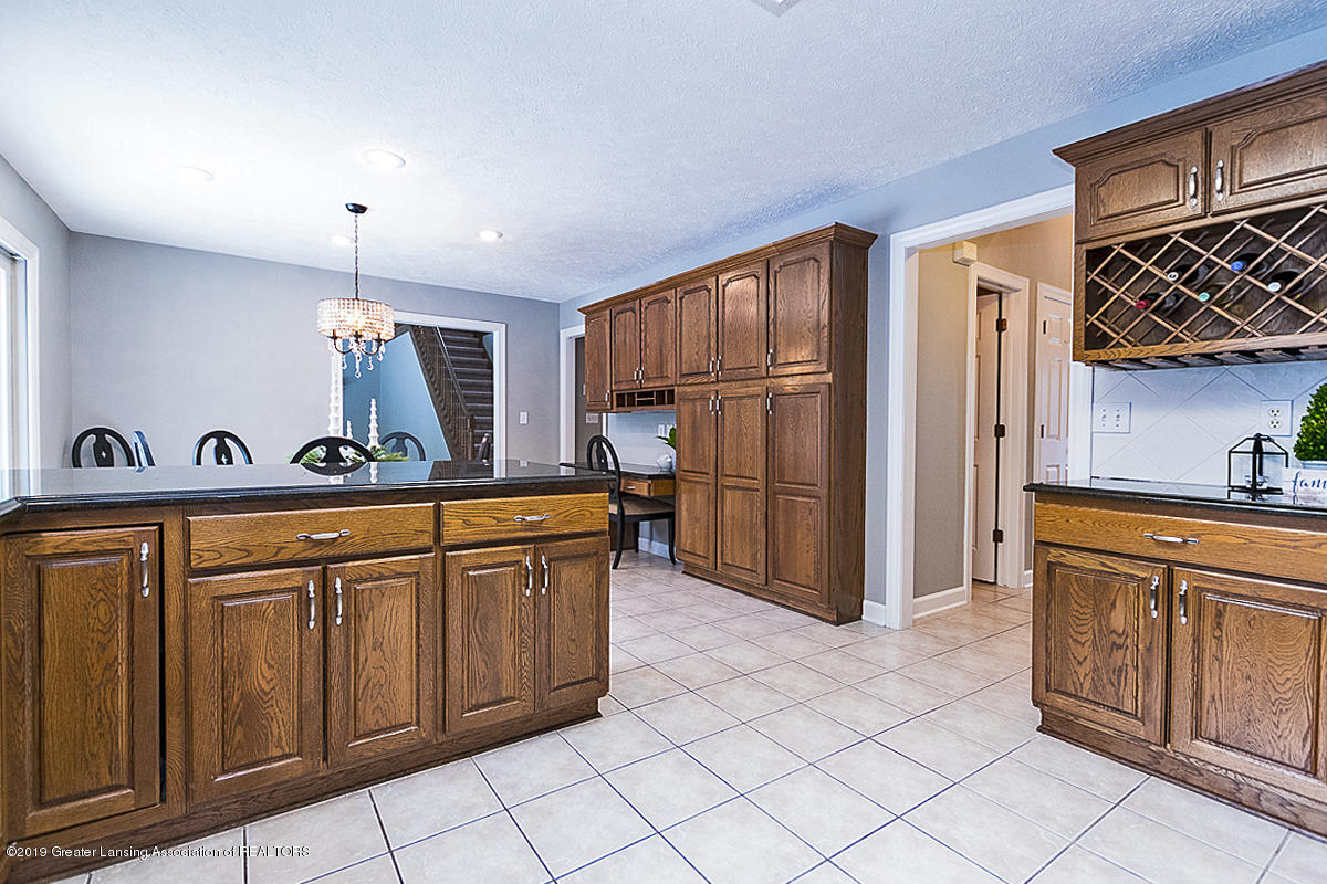 1825 Elk Ln - KITCHEN - 9