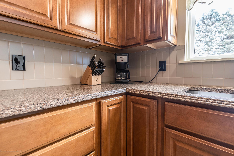 1369 W Dill Rd - Kitchen - 9