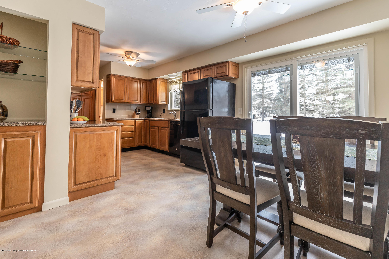 1369 W Dill Rd - Kitchen - 6
