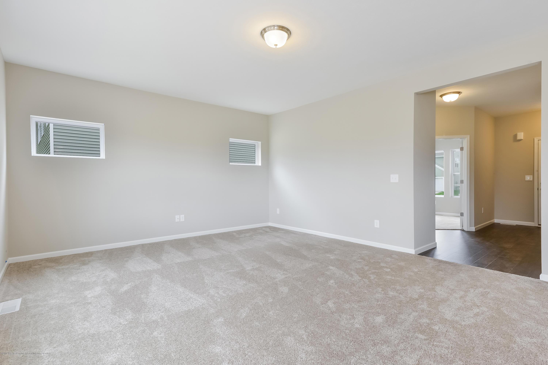 948 Pennine Ridge Way - Living Room MDE020-E2390-3 - 7