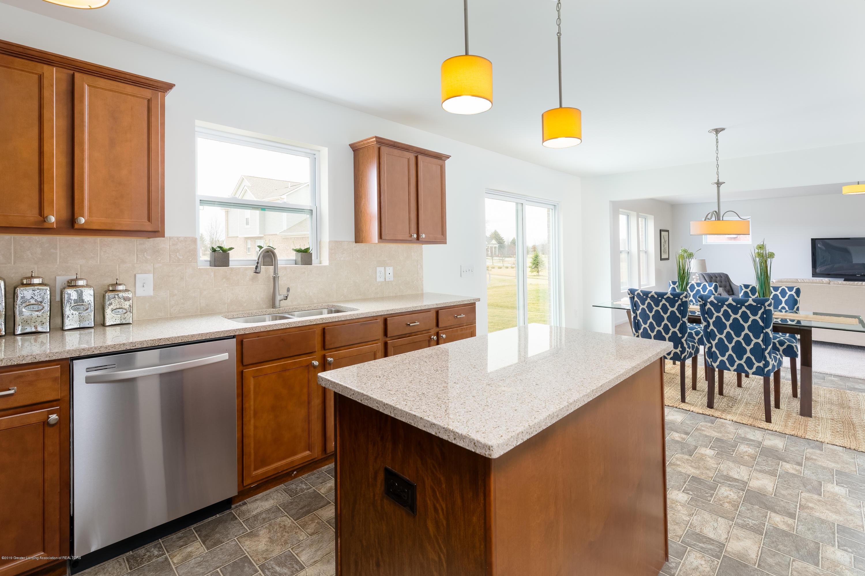 1136 River Oaks Dr - Kitchen TSP077-E2070-Staged-16 - 8