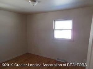 913 Pierce Rd - 913 Pierce Bedroom Hardwood - 4