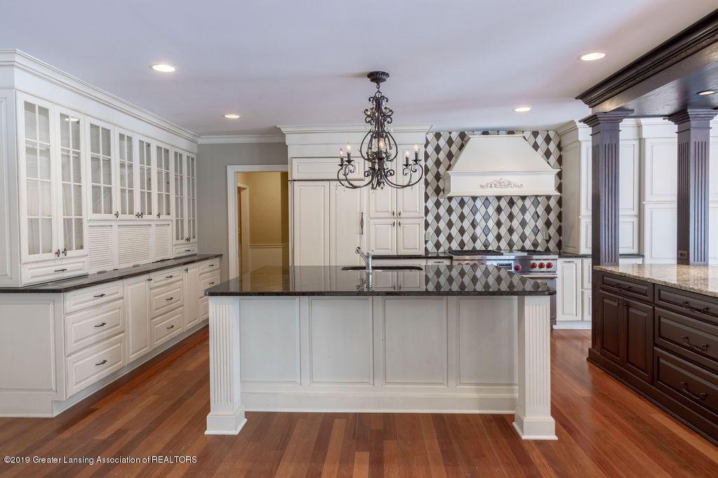 1456 Meadowbrook Ln - kitchen - 11