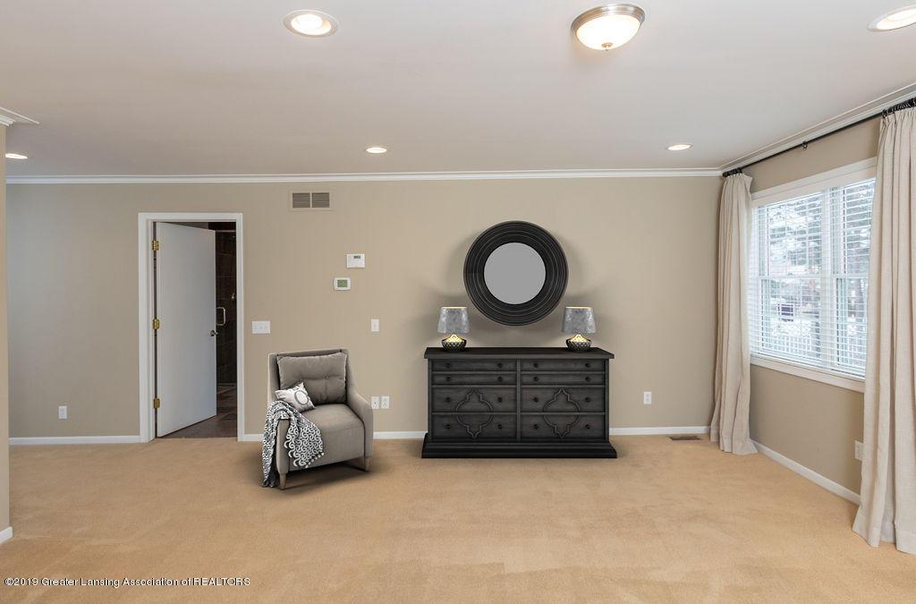 1456 Meadowbrook Ln - master bedroom - 21