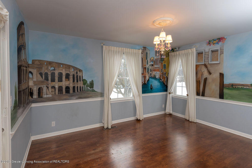 1456 Meadowbrook Ln - bedroom italy theme - 25