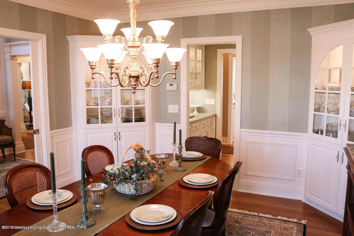 6090 Standish Ct - Dining Room - 14