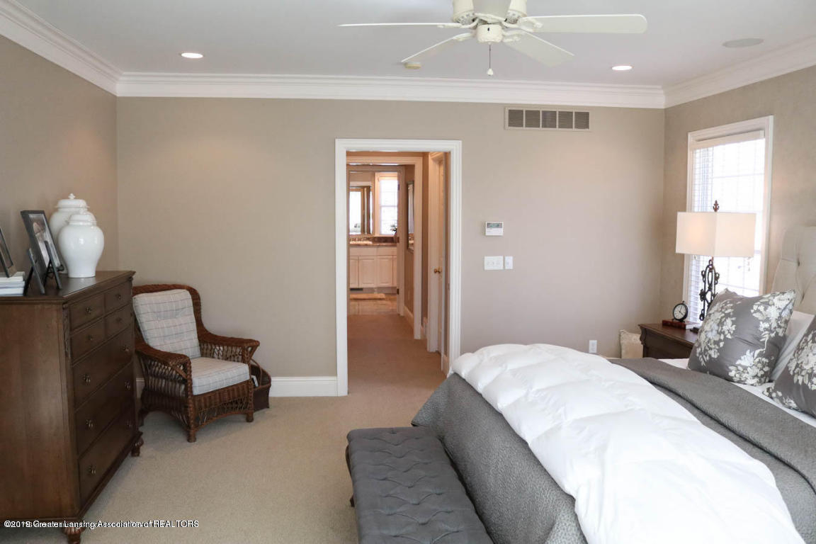 6090 Standish Ct - Master Bedroom - 44
