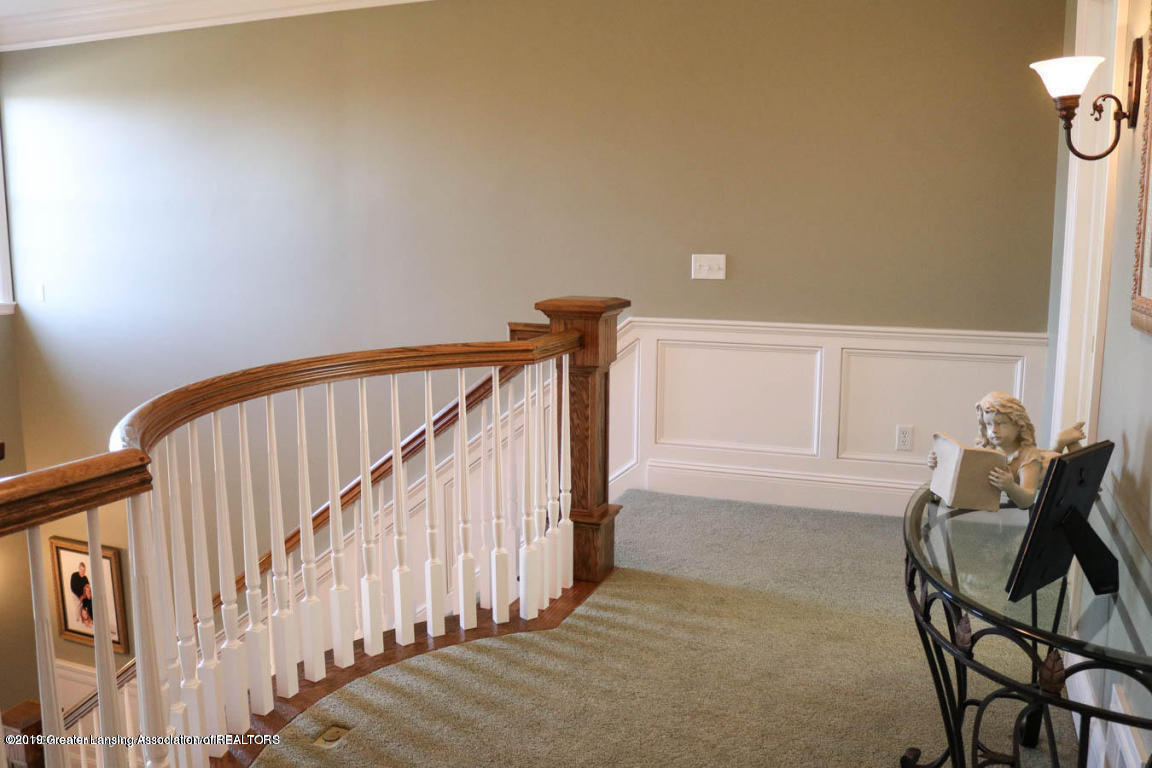 6090 Standish Ct - Stair - 54